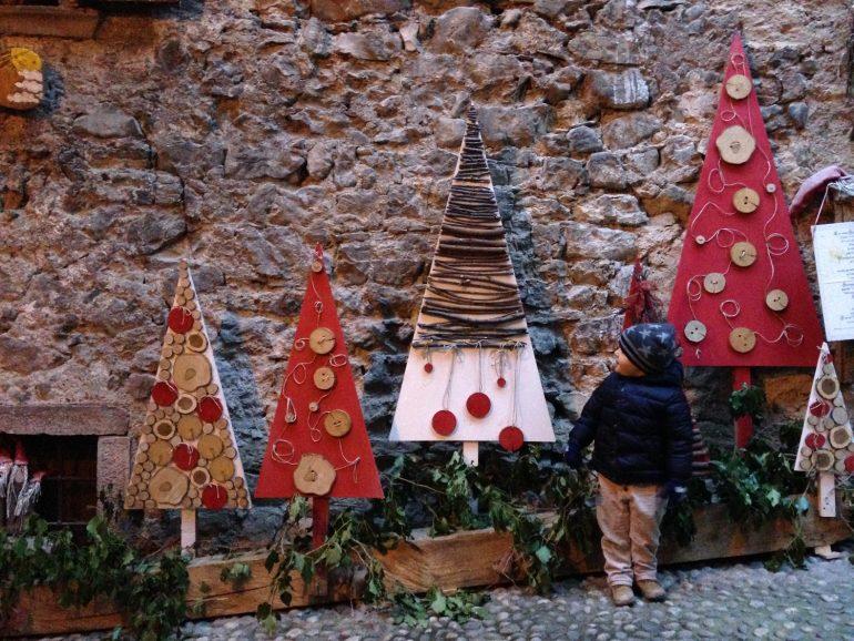 MERCATINI INSOLITI: ROVERETO E RANGO TRA I BORGHI PIU' BELLI D'ITALIA
